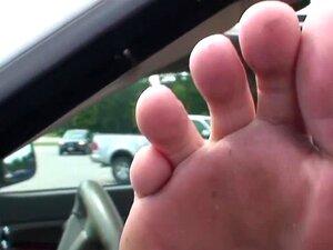 Tina feet dirty MATURE JOI