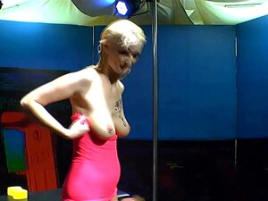 Pornos kostenlos piss Kaviar Pornos