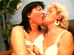 Lesben pornos reife Reife Lesben