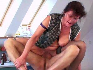 Porno-oma Oma Porno,