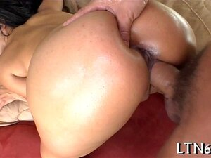 Blonde Cougar Britney Deepthroated by Thick Solid Pecker